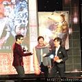 2011 1102楊門女將上海首映會 (29).JPG