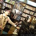 2011 1117pm9佼個朋友吧~大城小巷張棟樑陪我一起逛 (7).JPG