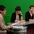 2011 12蔡健雅洪天祥吳建豪李聖傑都在華視~音樂強力佼唷 (16).JPG