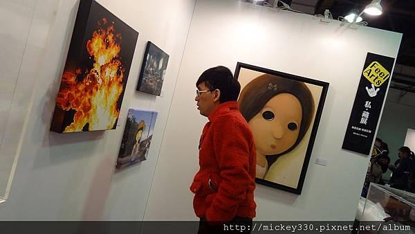 2011 1203在華山簽新書與佈展與看藝術家 (12).JPG