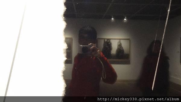 2011 1203moca末未聯展開目與陳順築展 (47).JPG