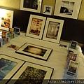 2011 1215 PHOTO TAIPEI與名人公益攝影展 (8).JPG