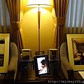 2011 1215 PHOTO TAIPEI與名人公益攝影展 (12).JPG