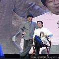 2011 1217CCTV6首映~跨年相信愛慈善晚會 (28).JPG
