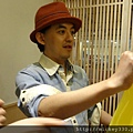 2011 1218硬幫幫耶誕趴之看了照片我還在笑~花哈哈哈 (8).JPG