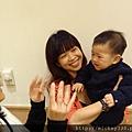 2011 1218硬幫幫耶誕趴之看了照片我還在笑~花哈哈哈 (10).JPG