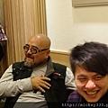 2011 1218硬幫幫耶誕趴之看了照片我還在笑~花哈哈哈 (16).JPG