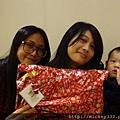 2011 1218硬幫幫耶誕趴之看了照片我還在笑~花哈哈哈 (19).JPG