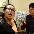 2011 1218硬幫幫耶誕趴之看了照片我還在笑~花哈哈哈 (23).JPG