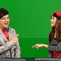 在歡笑與專業間分享流行音樂!每週四~十點!華視見! (1).JPG