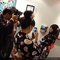 2012 3 21 art revolution人潮洶湧的VIP之夜 (30)