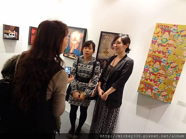2012 3 21 art revolution人潮洶湧的VIP之夜 (31)