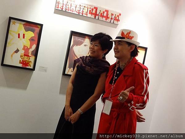 2012 3 21 art revolution人潮洶湧的VIP之夜 (39)