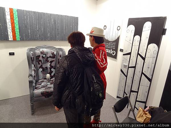 2012 3 21 art revolution人潮洶湧的VIP之夜 (42)