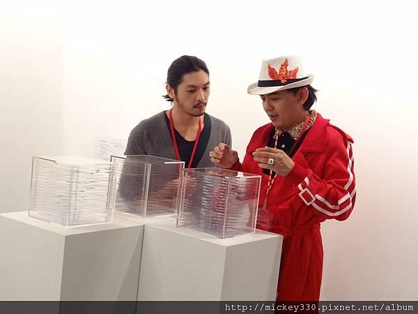 2012 3 21 art revolution人潮洶湧的VIP之夜 (44)