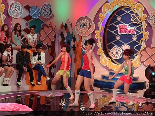 2012 5今晚淘汰誰第一集!! (32)