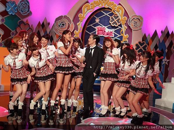 2012 525pm730土豆網channel豆~今晚淘汰誰! (25)