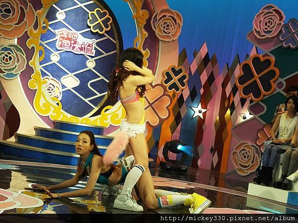 2012 727美眉帶姐妹淘來~所以是雙倍享受的一集唷!你錯過了嗎 (61)