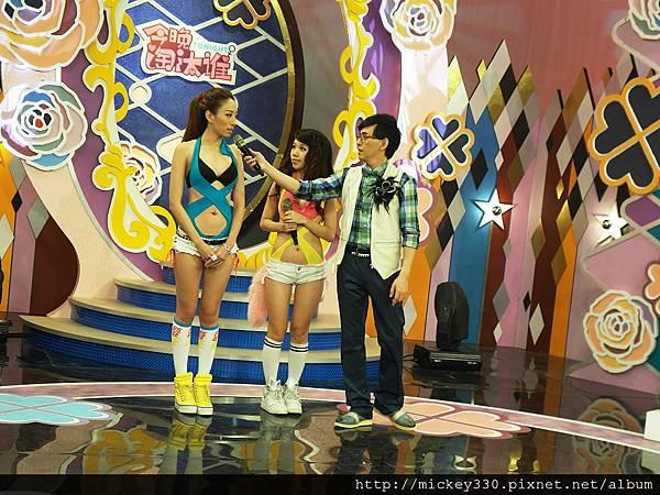 2012 727美眉帶姐妹淘來~所以是雙倍享受的一集唷!你錯過了嗎 (63)