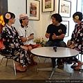 2012 7 31在人像專科攝影展會場對談與採訪與參觀 (4)