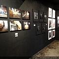 2012 7 31在人像專科攝影展會場對談與採訪與參觀 (20)