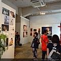 2012 7 31在人像專科攝影展會場對談與採訪與參觀 (25)