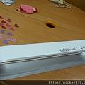2012 8為義賣製作獨一無二的愛心閃亮DYSON!! (4)