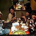 2012 7 30補圖~圖片由漢堡提供~咦~我們有拍降多張合照喔~是喝醉了吧我不記得哩 (6)