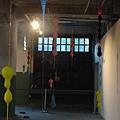 2012 粉樂町 松山文創園區~六點已關只好透窗欣賞. (7)