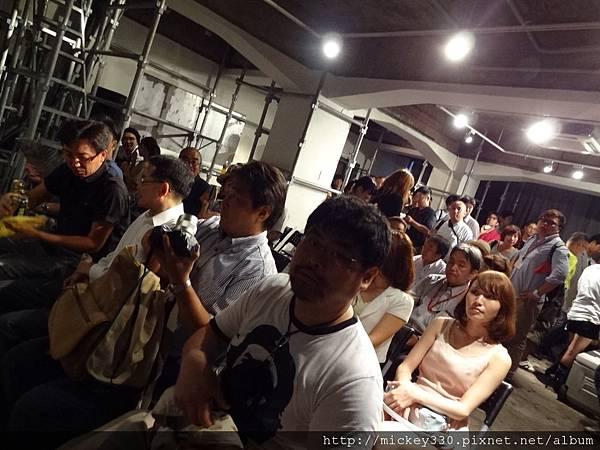 2012 7 30東京第六回人像專科攝影展布展開展與接大陸友人逛街囉! (38)