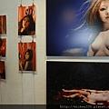 2012 7 31在人像專科攝影展會場對談與採訪與參觀 (10)