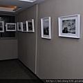 第三屆名人公益攝影展長廊