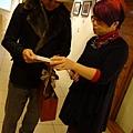 2013 1 12以愛之名聯展開幕  (11)