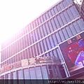 2013 3 24陽光普照北京三里屯~3.3外觀裝修完畢了 (1)