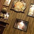 2013 香港尖東查理布朗咖啡廳 (9)