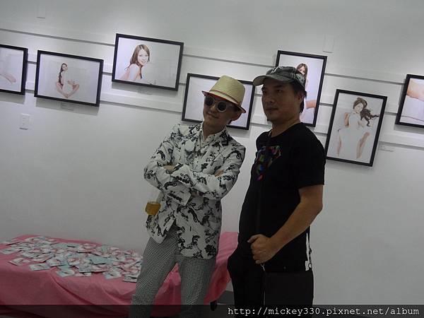 2013 5 19微色客思聯展開幕記者會 (33)