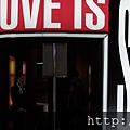 2013 7 31 森美術館love聯展~只有部份展品可拍~與樓下販店旁新銳藝術家小聯展 (2)