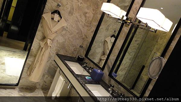 w hotel廣州 房內  (2)
