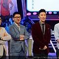 2013 1228播出深圳衛視男左女右 (10)