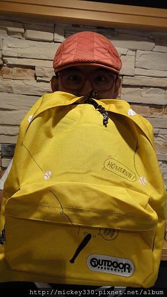 2011 史努比展義賣包包繪製 (12)