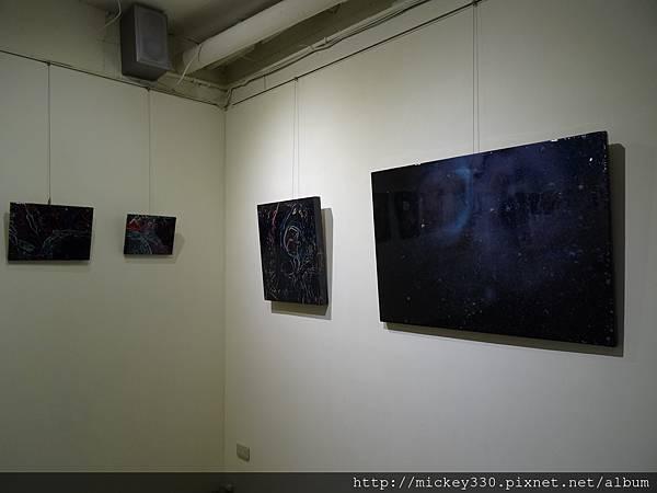 2014 6 13起~黎畫廊聯展~感謝科偉藝術家~參展~也幫忙幕後工作 (12)