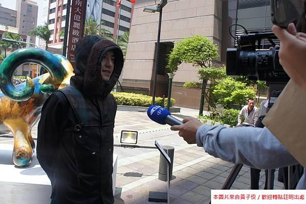 2015 4 13 新光三越羊年燈展 台南.拾光 剪綵開展  (22)