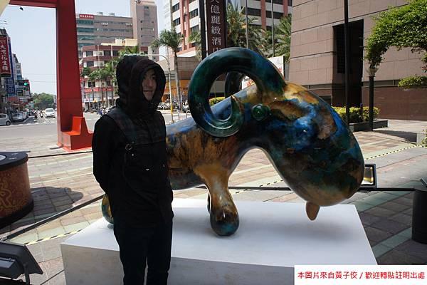 2015 4 13 新光三越羊年燈展 台南.拾光 剪綵開展  (16)