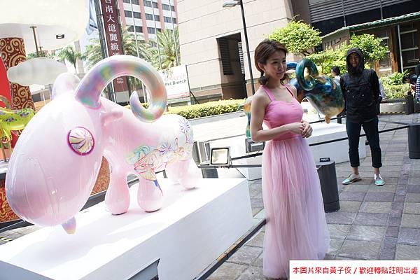 2015 4 13 新光三越羊年燈展 台南.拾光 剪綵開展  (15)