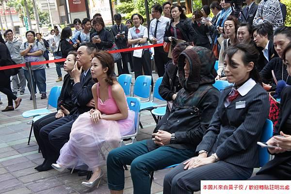 2015 4 13 新光三越羊年燈展 台南.拾光 剪綵開展  (3)