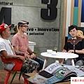 2015  9 30街角遊藝「圖」顯彩色正義-Candy Bird、黑雞 (2).JPG