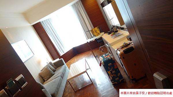 2014 L HOTEL (2)