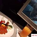 822 馬來西亞航線連飛機餐都很馬來風很好吃 (1)