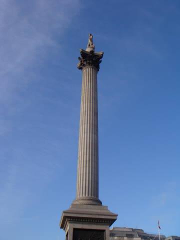 Trafalgar Square 1-nelson's column.jpg
