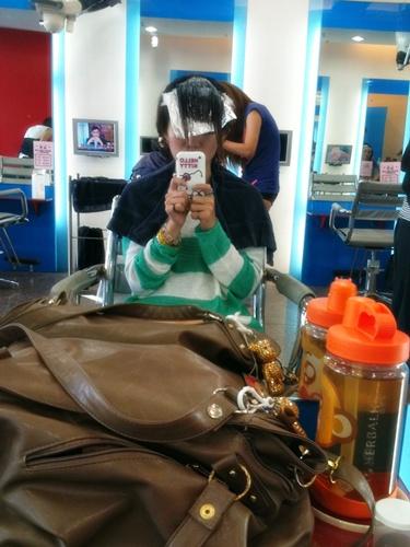 整理我的頭髮啊啊啊
